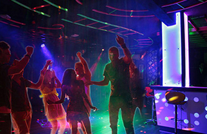 best-discotheque-in-udaipur-rockwood-restaurant